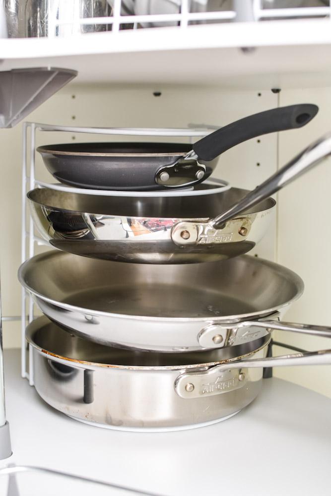 frying pan organizer